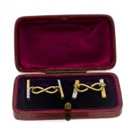 15ct Yellow Gold and Platinum Cuff Links. Click for more information...